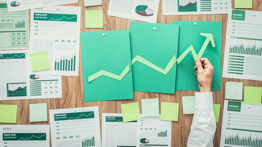 Grafik einer Statistik die steigende Umsätze anzeigt durch Wettberbsvorteil DSGVO