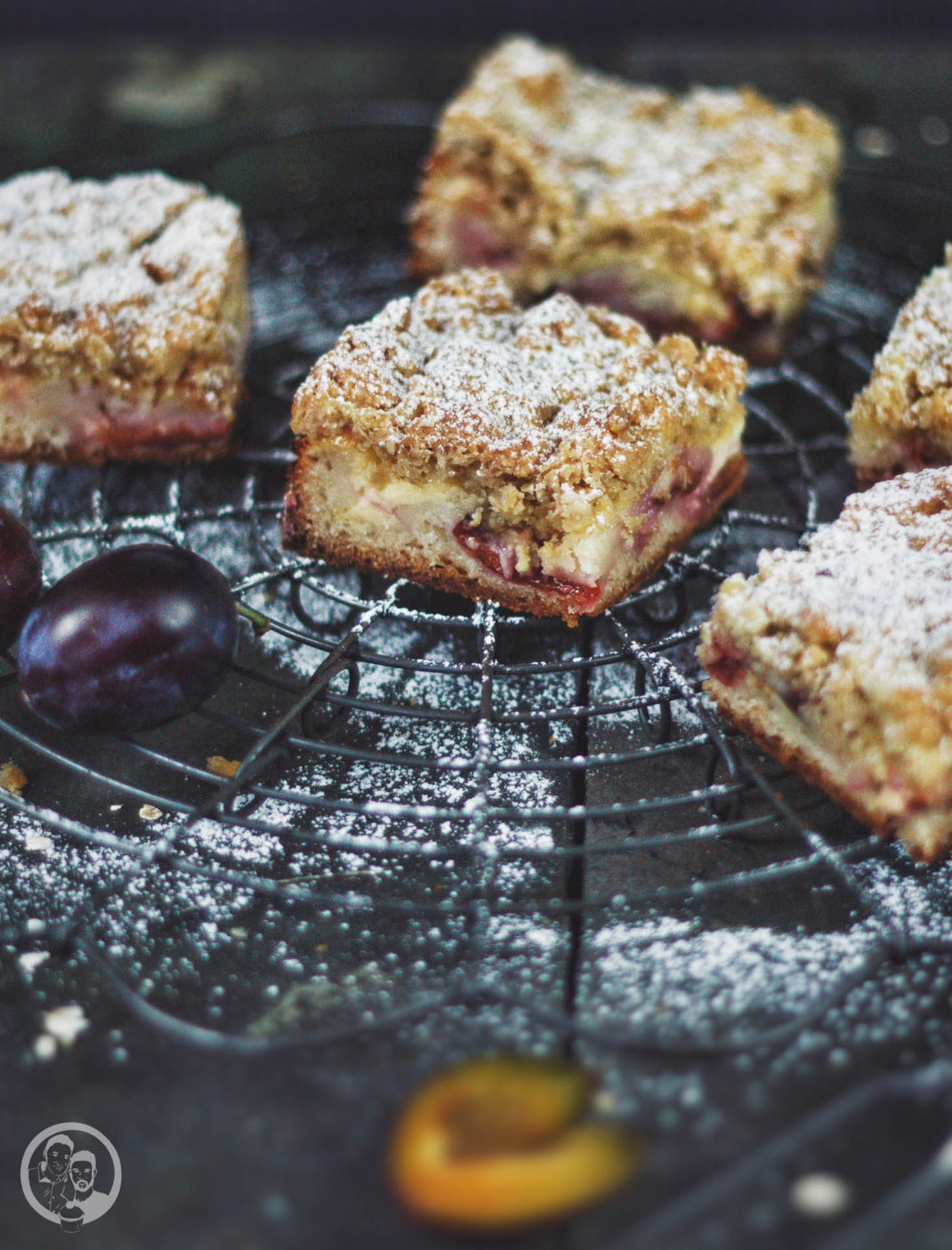 Crumble Cheesecake with damsons_cake_recipe_baking