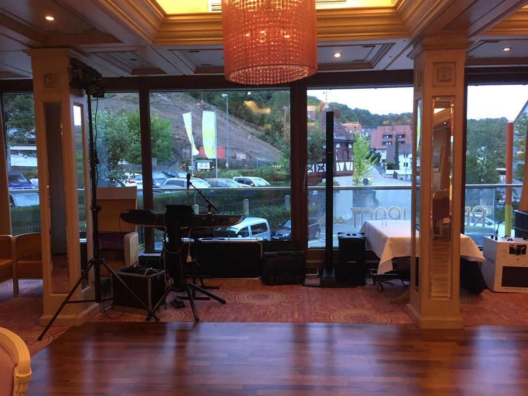 Hotelzeit - musikalische Unterhaltung exklusiv auf Klavier und zum anschließenden Tanz