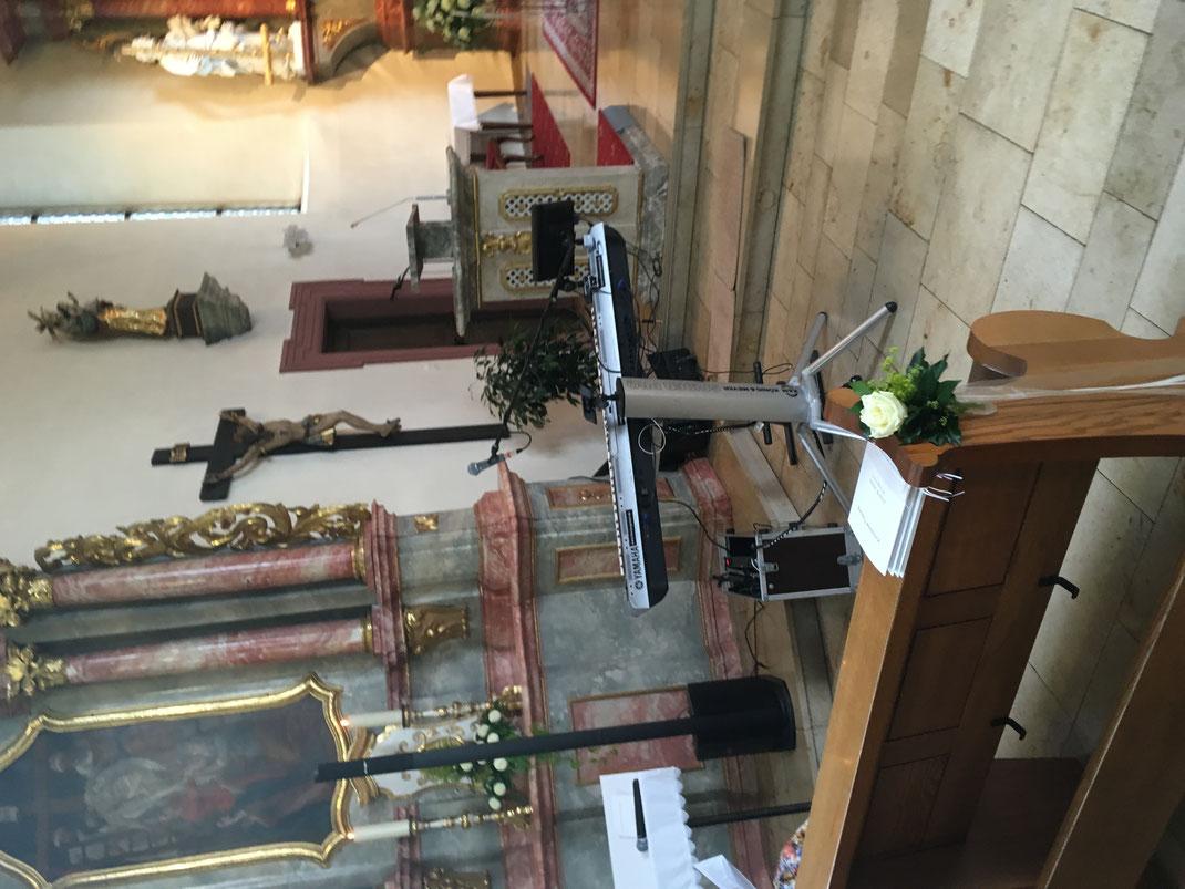 Klavierspieler, Hochzeitspianist spielt in Bensheim