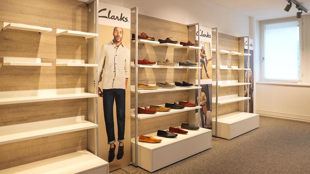 Clarks Schuhe, Schweiz