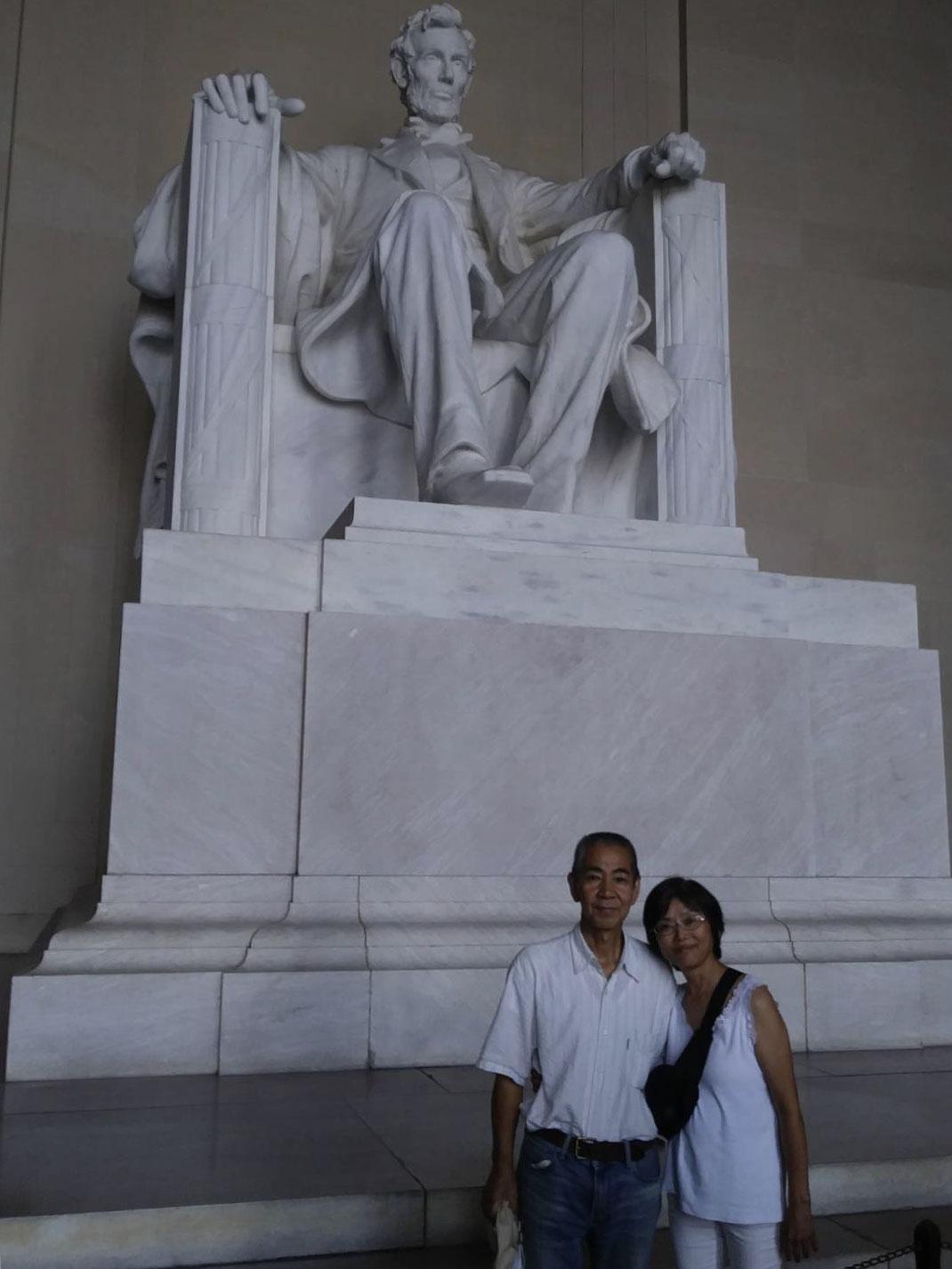 リンカーン大統領の銅像