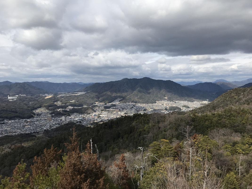 石山山頂景色伴方面