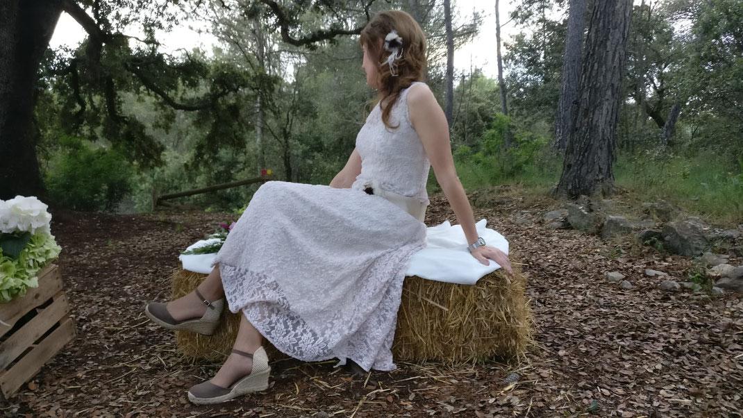 Vestit: l'Armari d'Eco. Model: Montse Corominas. Sabates: l'Espardenyeria