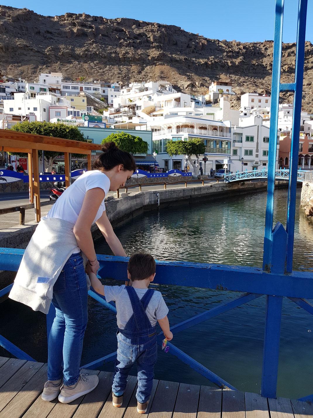 Puerto de Mogan Kleinkind Gran Canaria