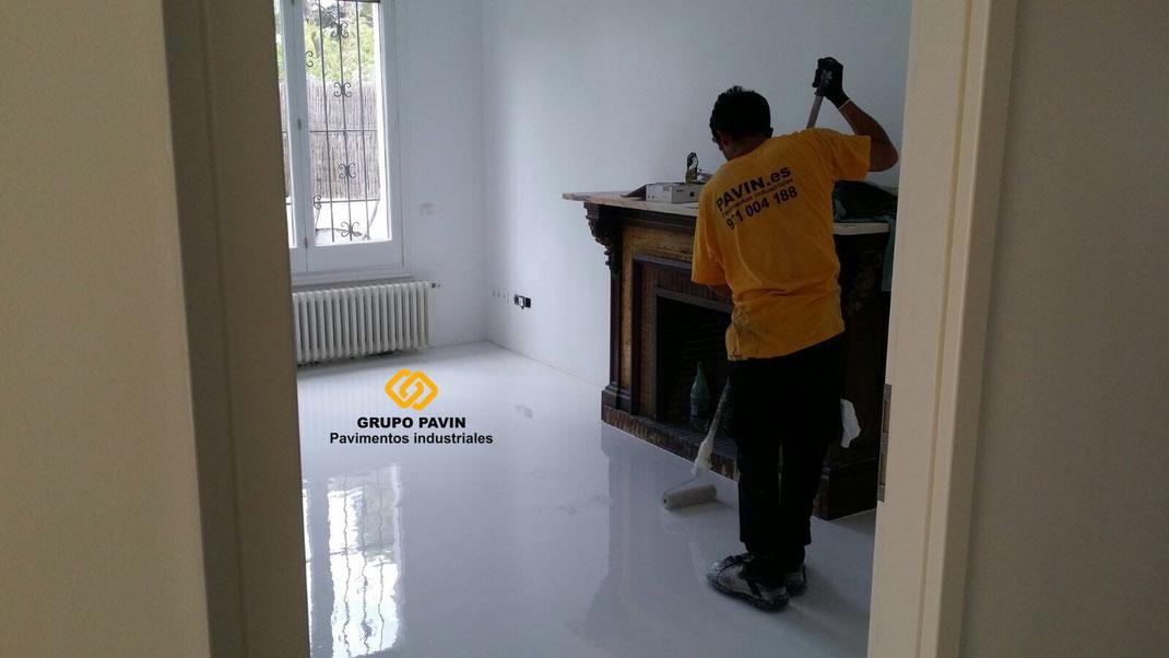 Suelos y pavimentos industriales de resinas para salas limpias y laboratorios en Barcelona