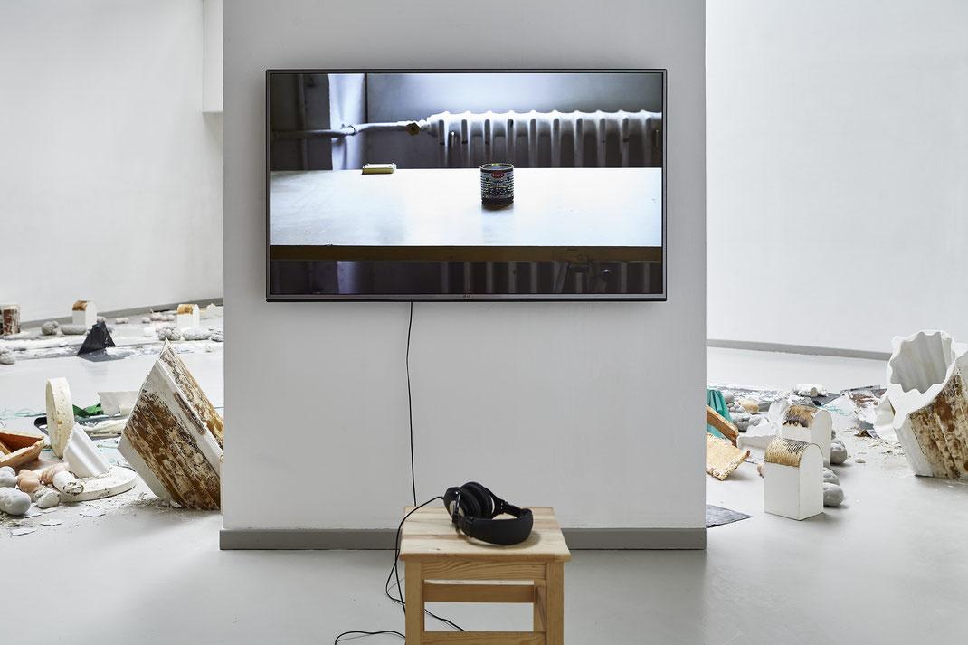 """Sarah Forest, Linda Sanchez, """"Maintenant et encore"""", 3BisF, Aix en Provence, 2018 © jeanchristophe Lett"""