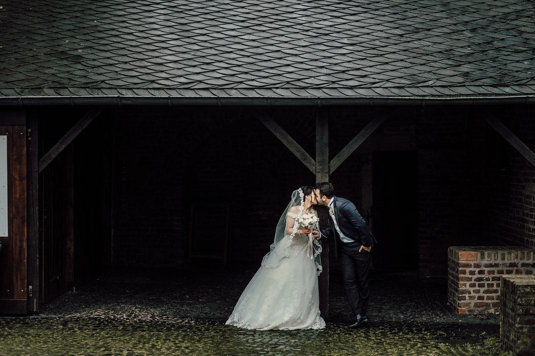Hochzeitsfotograf in Oberhausen Burg Vondern