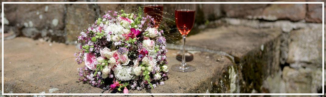 Hochzeitsfotograf-JuergenSedlmayr-Brautstrauß4250