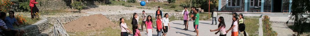 Spendenübergabe-Juergen-Sedlmayr-Nepal58