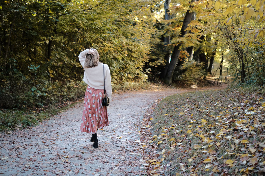 Spontanes Fotoshooting im Park - München by Sebastian Pintea