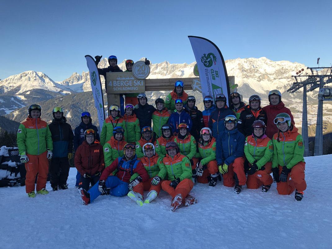 Alle Skilehrer und Betreuer des Skikurs 2018/19
