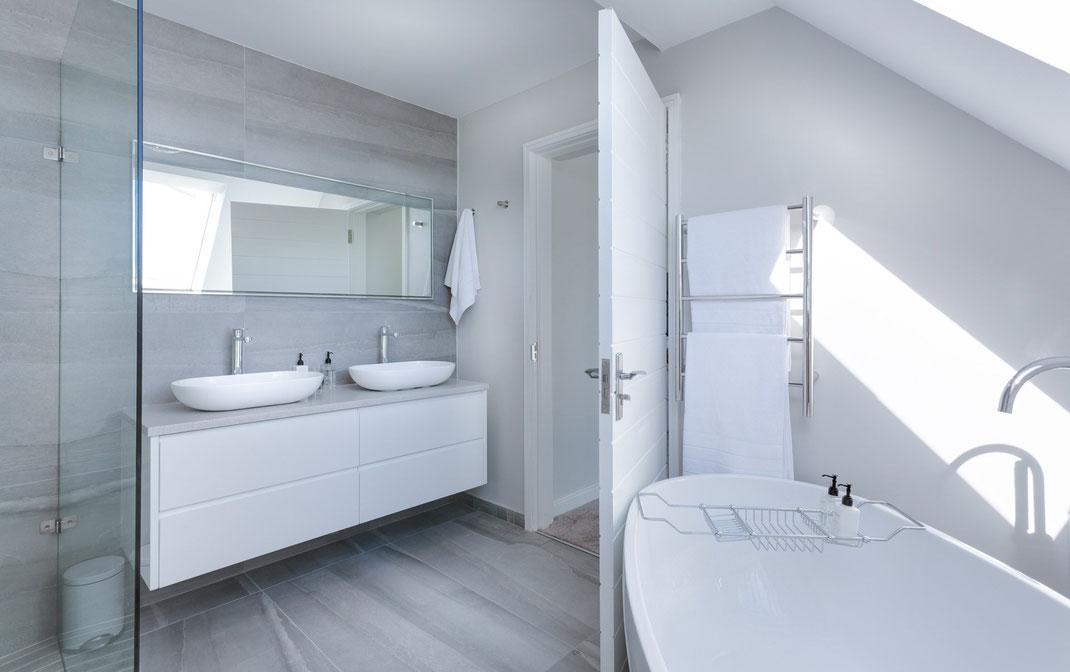 Badezimmer minimalistisch