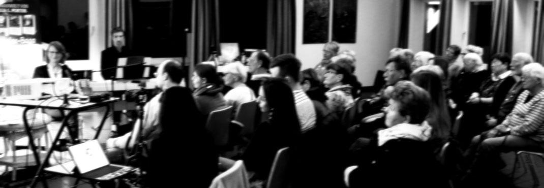 Verborgene Welten Auftritt Tim Rädisch Aurelia L. Porter Maximilian J. Zemke Tangstedt Fotografie Literatur Musik Camera Obscura Unschärfe Klaviermusik Mystery