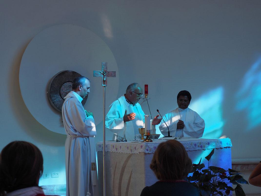 Padre Eduardo OCD - España, Padre Jaime - El Salvador, Padre Michel OCD - Magadascar