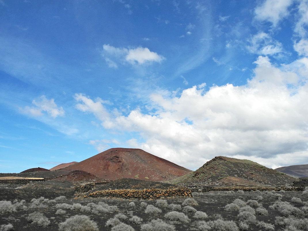 4.10. (am 3.10. örtlich und auch im Inselsüden kurze Regenschauern, ein Segen für die ausgedörrte Natur.)