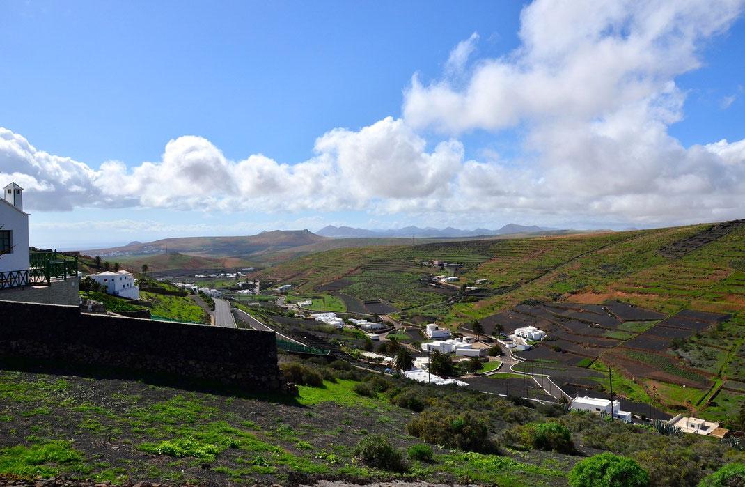 """Los Valles, wunderschöner Blick von einer der kleinen Aussenterrassen des Restaurantes """"Mirador de los Valles"""""""