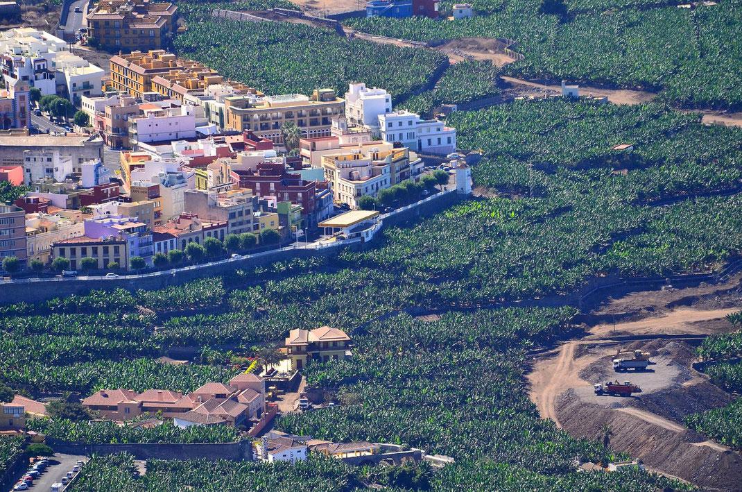 Mitte September 2012 - Hotel Hacienda de Abajo - Bau der neuen Umgehungsstraße Villa de Tazacorte