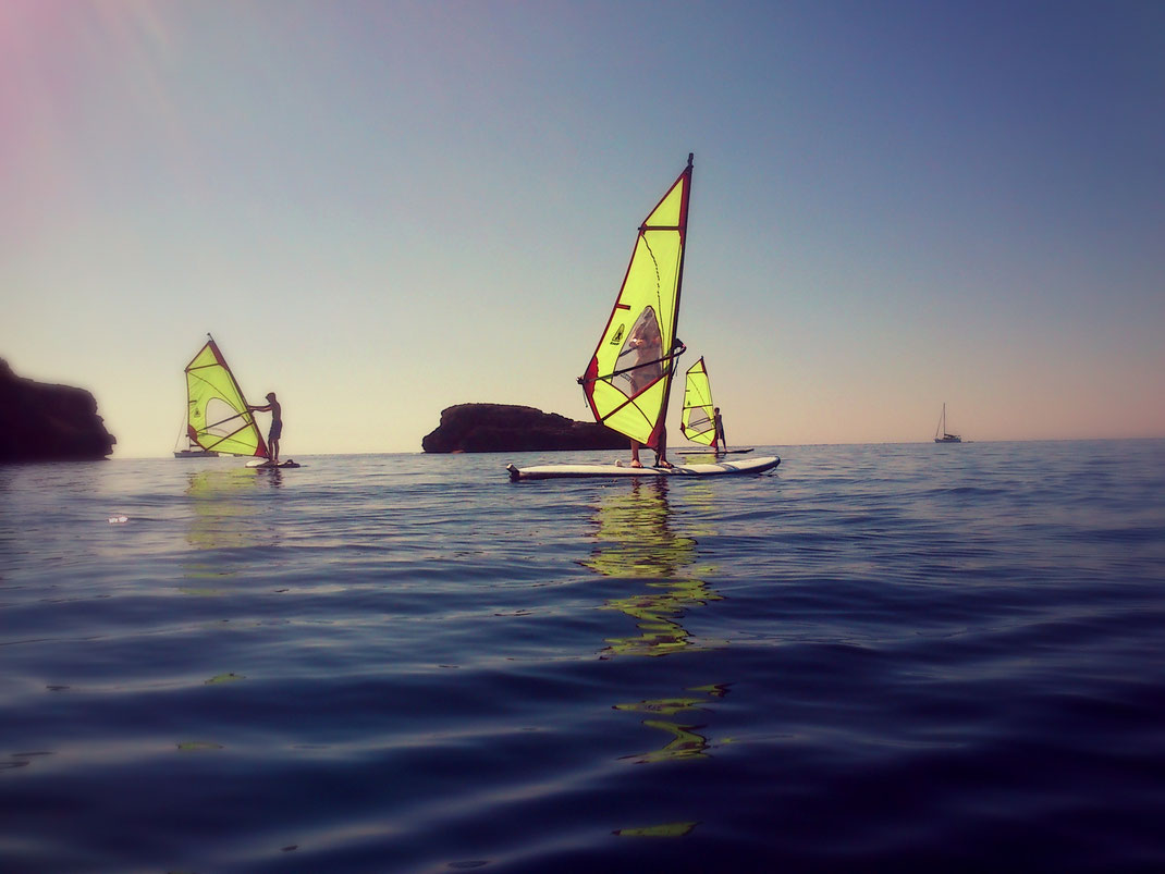 Windsurfschool in Cala d'Or - MAR i MONTE // BIkes // SUP
