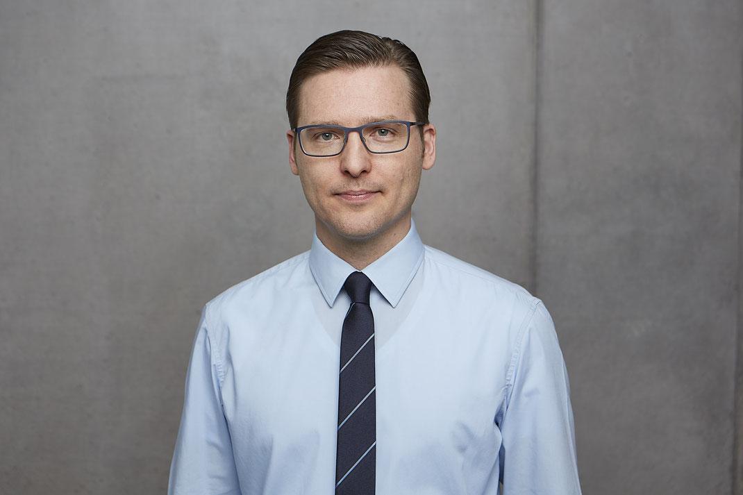 Das Team von Patientenanwalt Michael Graf aus Freiburg hilft bei Medizinrecht, Berufsunfähigkeit und Versicherungsrecht.