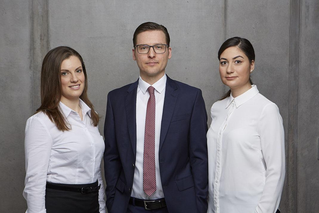 Das Team von Patientenanwalt Michael Graf aus Freiburg hilft bei Medizinrecht und Versicherungsrecht.