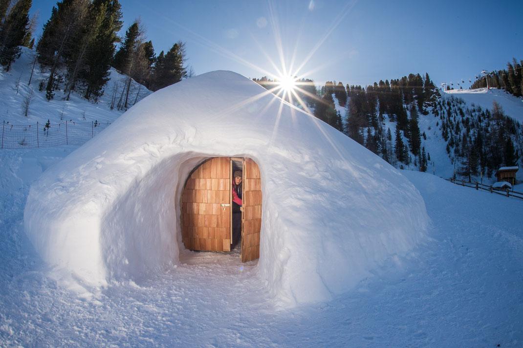 Schlafen in den Mountain Iglus auf dem Speikboden im Südtiroler Ahrntal - das Gesamtpaket buchen bei Appartements Großgasteiger in der Alpinwellt Weißenbach