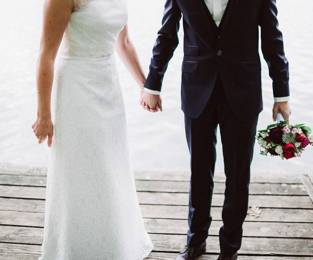 hochzeithannover, weddinghannover, weddingphotographer, hochzeitsfotografhannover, braut, bride, braeutigam, groom, maschsee, pauluskirche, mercurehotel, altesrathaushannover, modehausboening, lacoup, djfalko,brautkleid,bridalbouquet,sabinelange 24