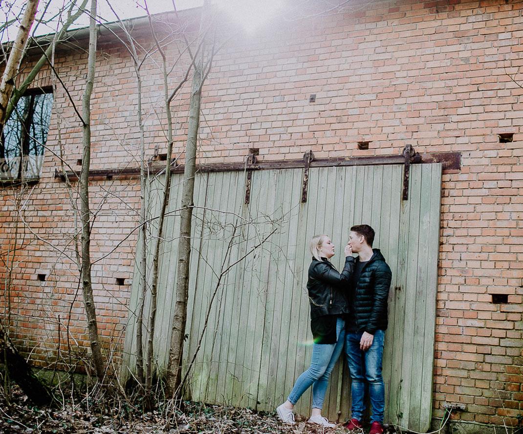 Couple, love, engagement, destinationwedding, wedding, hochzeit, hochzeitnordesee, hochzeitostsee, industriel, urban, sabinelangefotografie