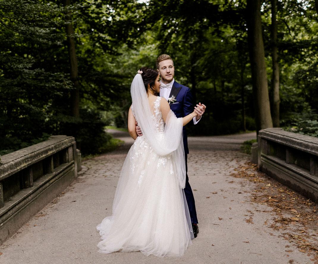 Sabine Lange, Hochzeit Nordsee, Hochzeit Ostsee, Hochzeit Hamburg, Hochzeit Fehmarn, Hochzeit Norderney, Brautportrait, Strandhochzeit, beachwedding, jüdische Hochzeit, freie Trauung, Inselhochzeit, Meierei