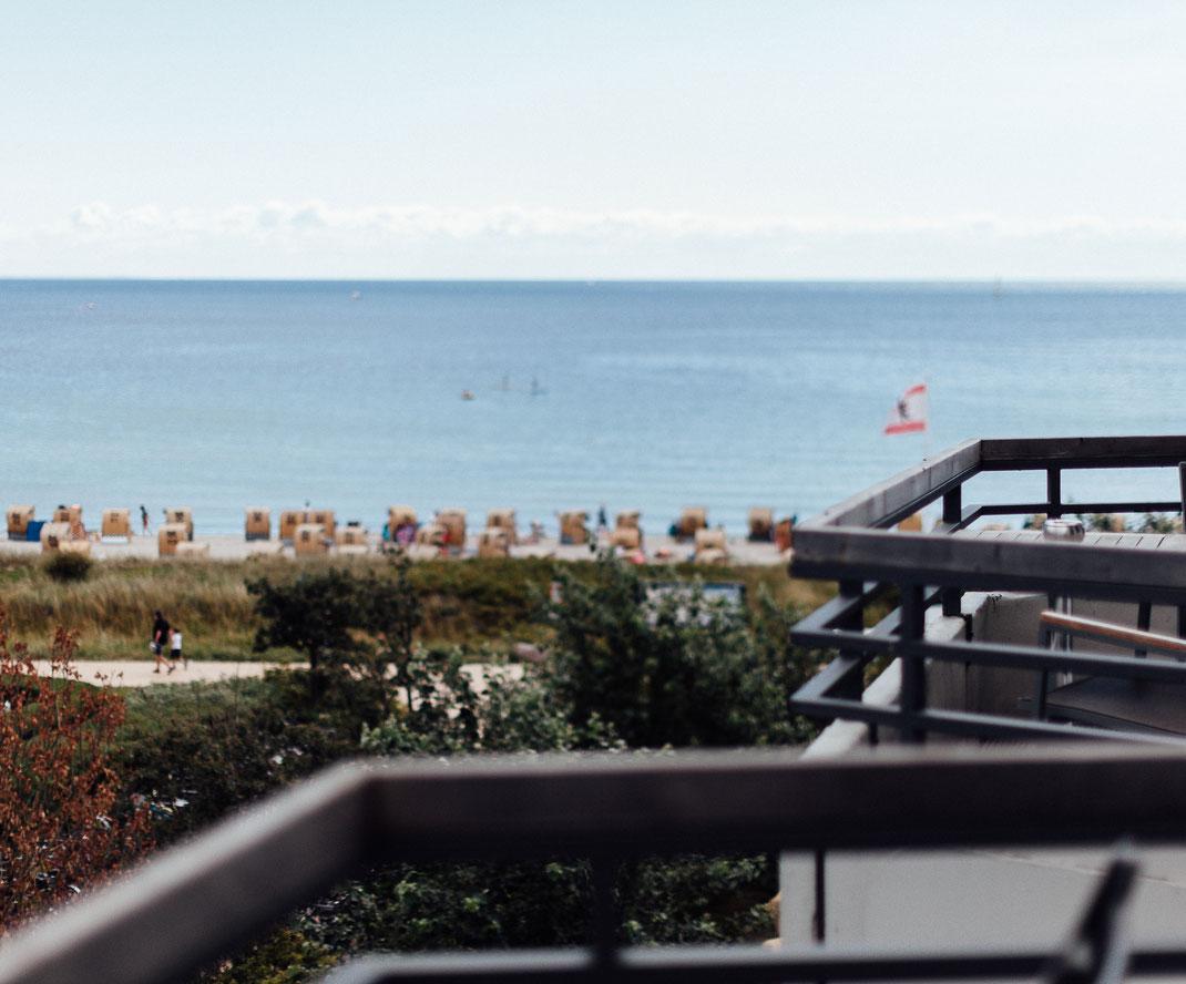 Hochzeit Fehmarn, heiraten am Strand, Beachwedding, Strandhochzeit, Ostsee, Nordsee, Hochzeitsfotograf Ostsee, Hochzeitsfotograf Nordsee, Schleifenfänger, Catmade, NancyCake Hochzeitstorte, Strandburg Fehmarn