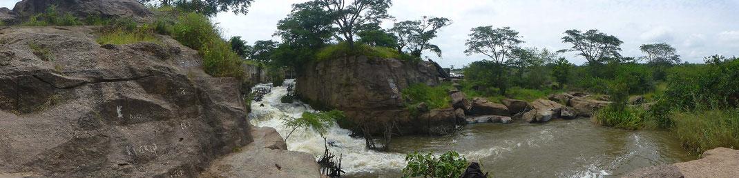 Cangandala Wasserfall in Malange Afrika