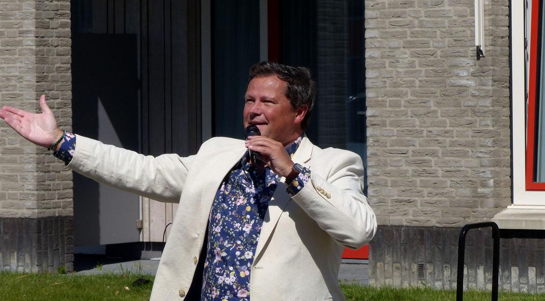 zanger, optreden, buiten, corona, crisis, zuid holland, hugo, franks
