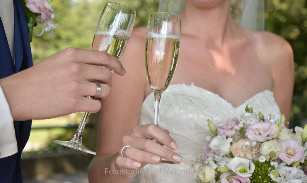 champagne bruiloft trouwen trouwringen fotograaf