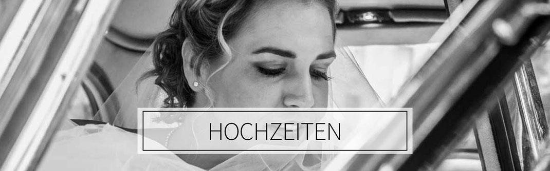 ©️benjamin wojcik photography - Hochzeitsfotograf Dortmund: Braut sitzt im Oldtimer