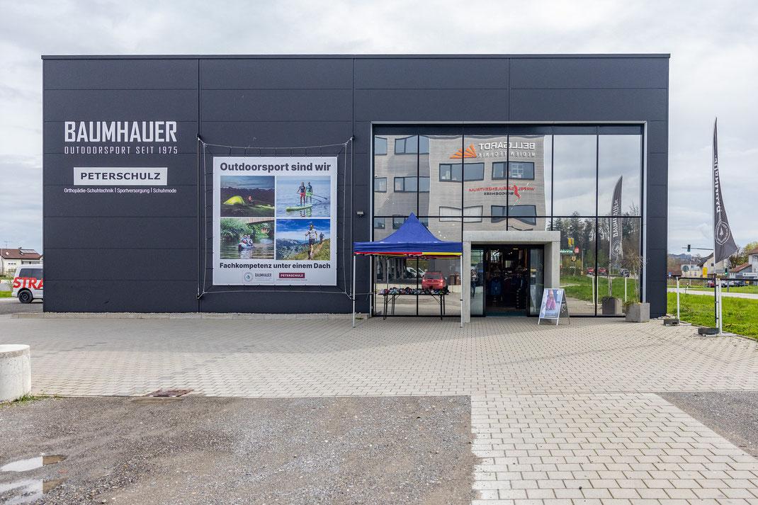Baumhauer Verleih & Abenteuer - 40 Parkplätze direkt am Geschäft