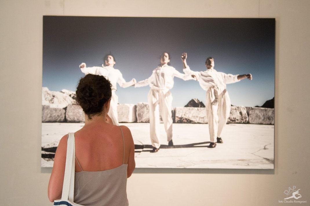 dapfestival 2017 pietrasanta esposzione fotografica galleria bonelli danza fotografia di danza dance photography videomaker videodance