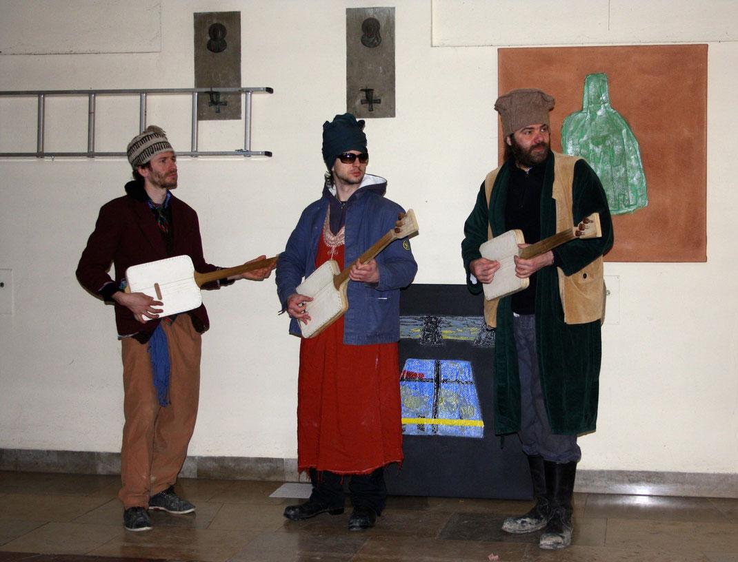Muktar bin muktar, Tukastanische Folkloreband
