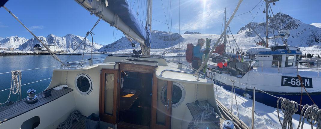 Sør Tverrfjord Skai and Sail Norwegen Loppa