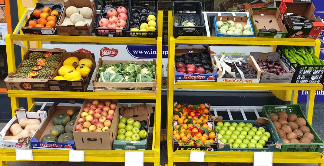 Ananas, Apfel Granny, Apfel Gala, Mandarinen, Kokosnuss, Kürbis, Kabocha, Melone, Granatapfel, Kakai, Melanzani, Trauben, Sivri, Karfiol, Avocado, ...