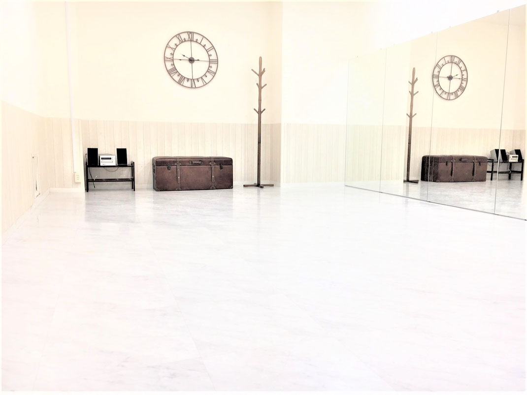 UraraDance横浜 関内点ホワイトスタジオ