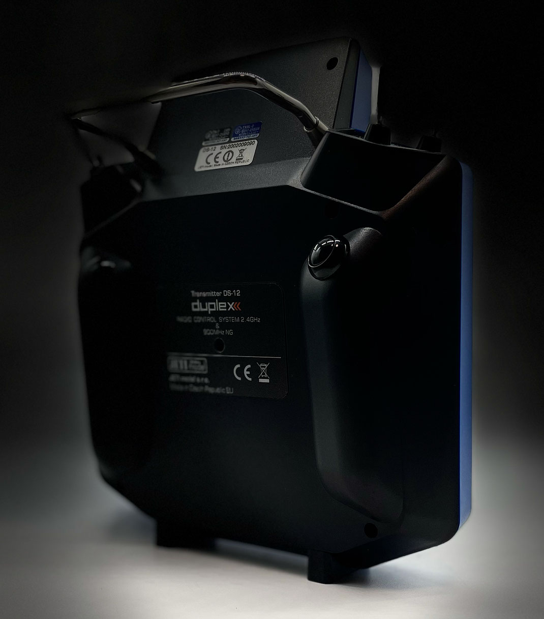 DS-12 w/Optional Rear Cover