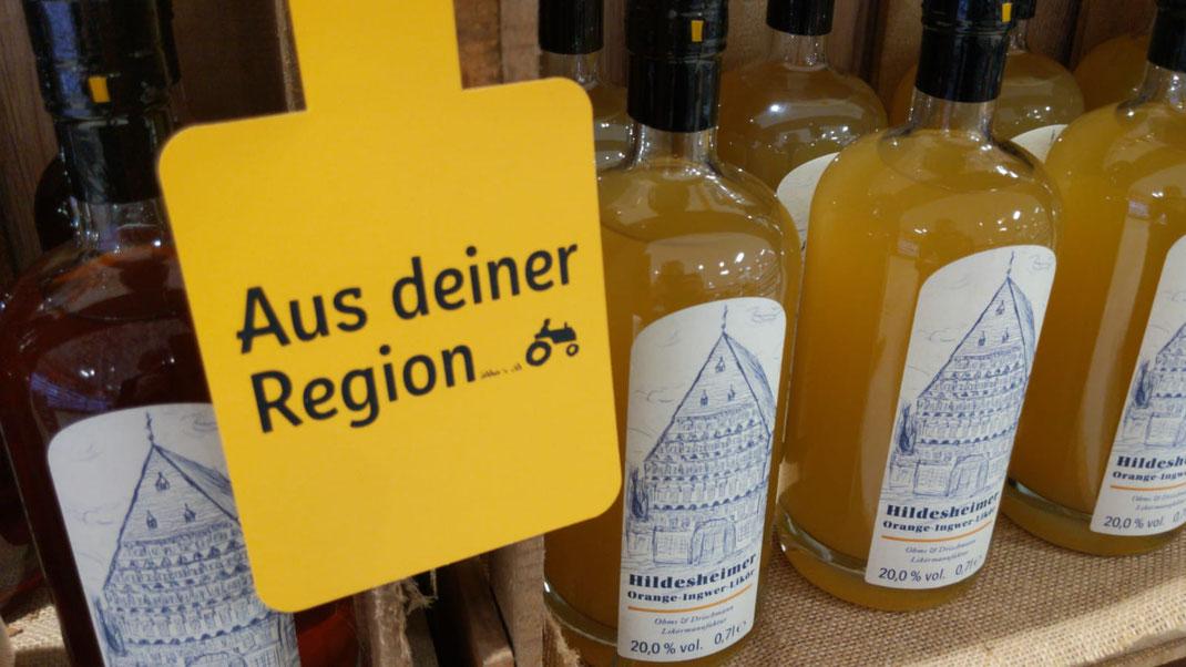 Likör Flaschen, Gelb, Schild, Aus deiner Region, Regal, Supermarkt, Hildesheim