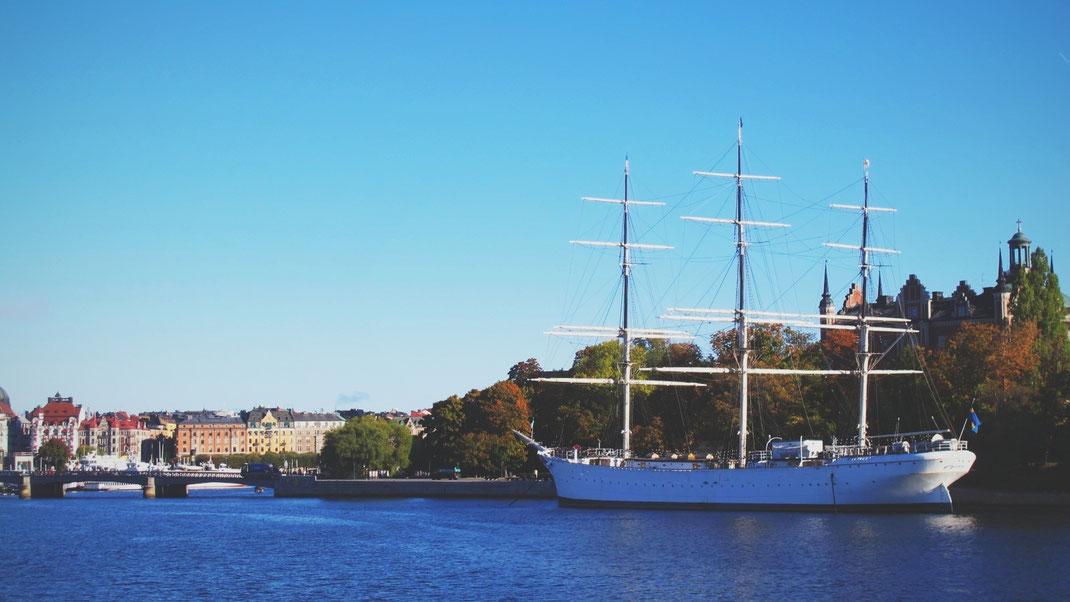 archipel stockholm voilier bateau suède bigousteppes mer ciel bleu ferry