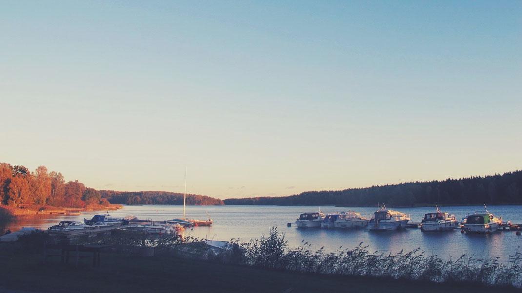 suède bigousteppes mer coucher de soleil bateaux