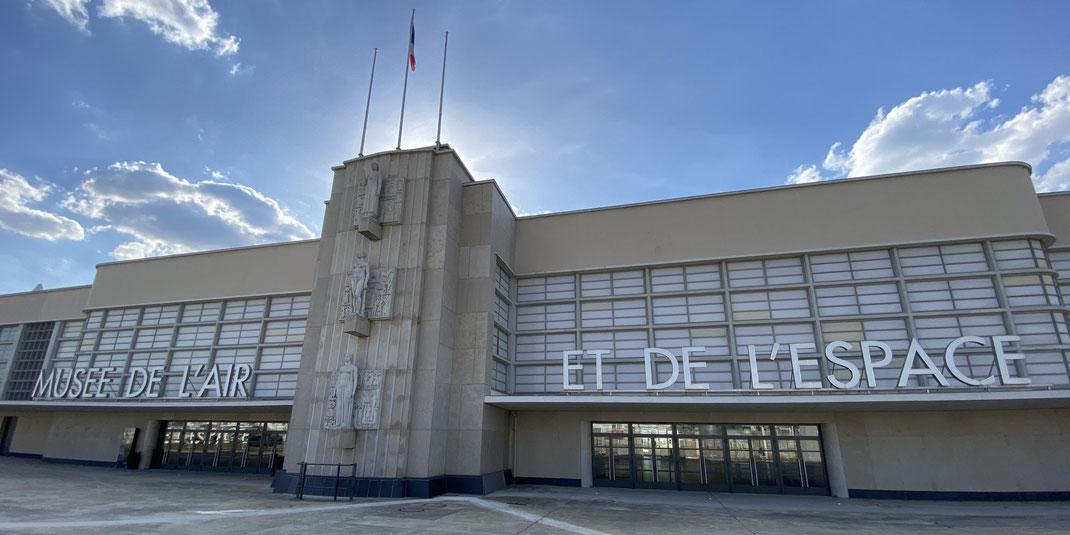 La façade entièrement rénovée du Musée de l'Air et de l'Espace