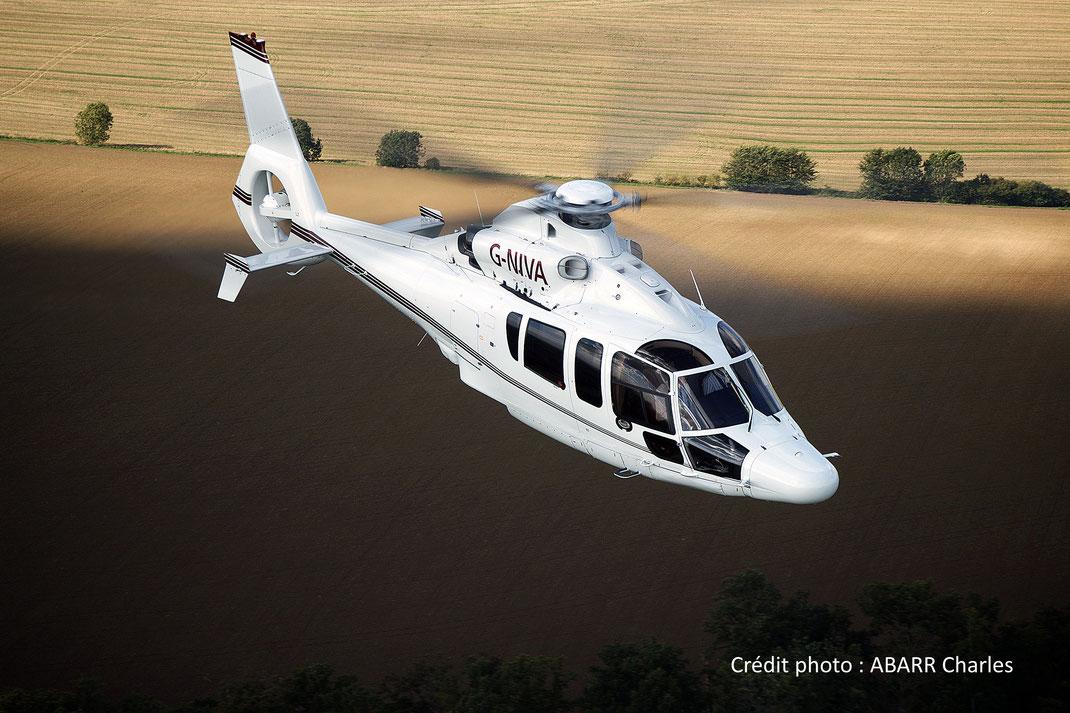 Hélicoptère Dauphin H155 (anciennement Eurocopter EC155, bi-turbines)