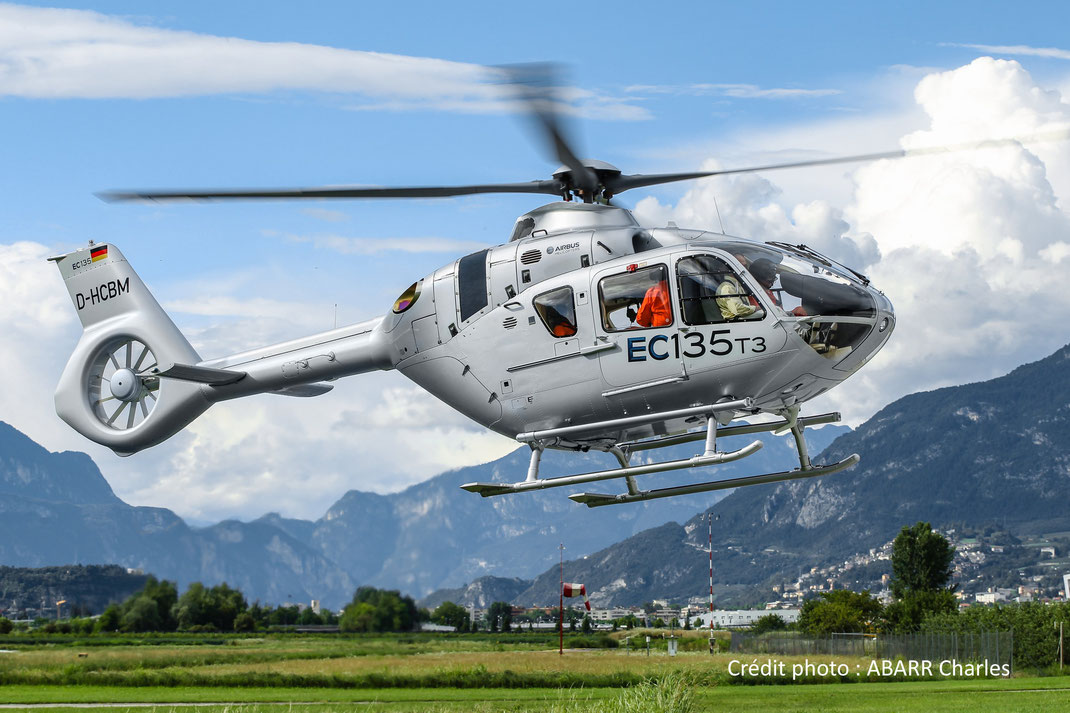 Ecureuil H135 (anciennement Eurocopter EC135, bi-turbines)