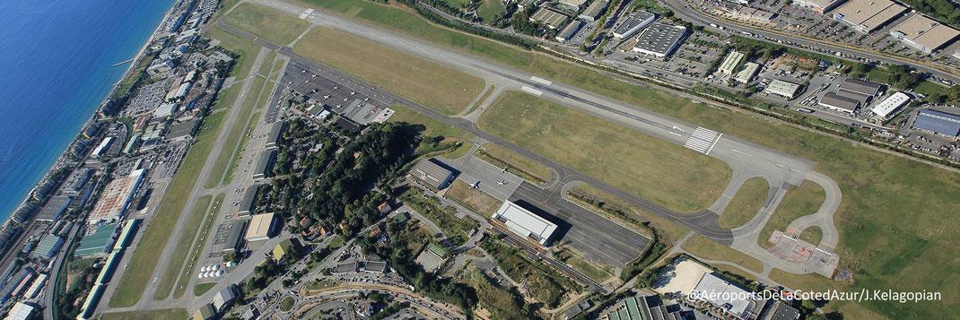 Vue aérienne de l'Aéroport de Cannes-Mandelieu