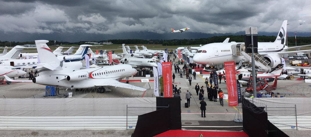 Le salon de l'aviation d'affaires EBACE à Genève en 2016