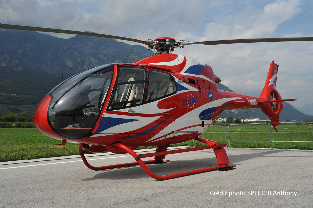 Hélicoptère Colibri H120 (anciennement Eurocopter EC120, mono-turbine)